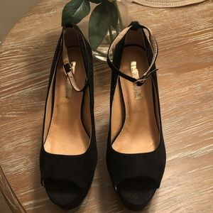 Suede Black Chunky High Heel with Ankle Strap